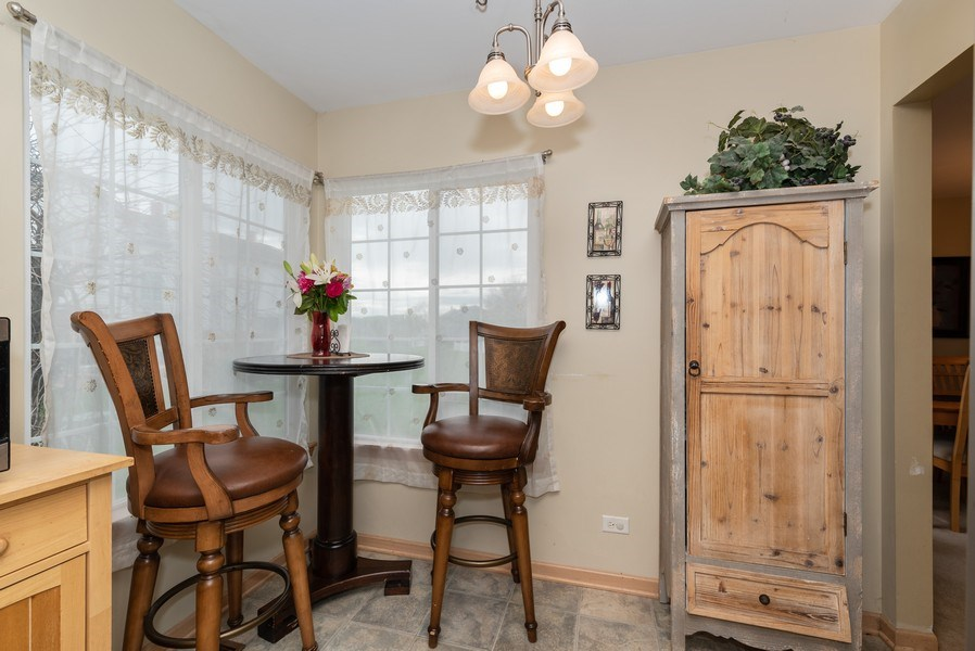 Real Estate Photography - 1120 Longford Road, Bartlett, IL, 60103 - Kitchen Nook