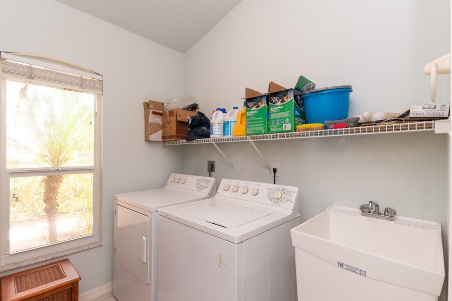 Real Estate Photography - 1476 Honeysuckle Avenue, Marco Island, FL, 34145 - Laundry Room