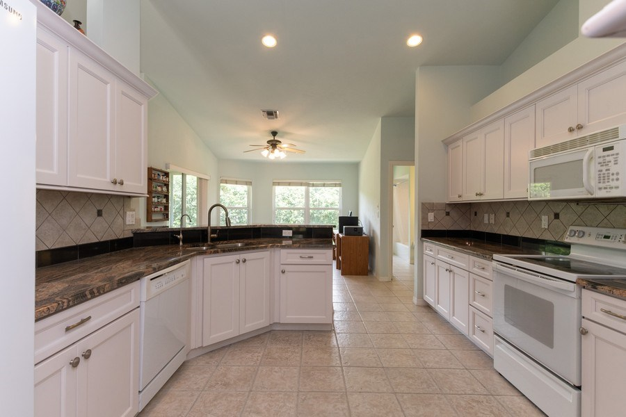 Real Estate Photography - 1476 Honeysuckle Avenue, Marco Island, FL, 34145 - Kitchen