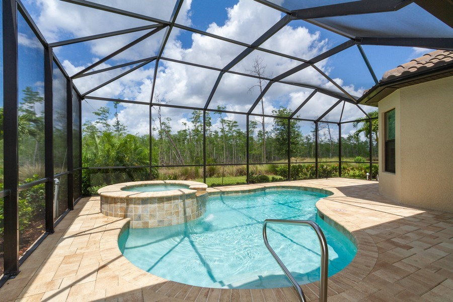 Real Estate Photography - 8851 Vacarro Ct, Naples, FL, 34119 - Outdoor Pool
