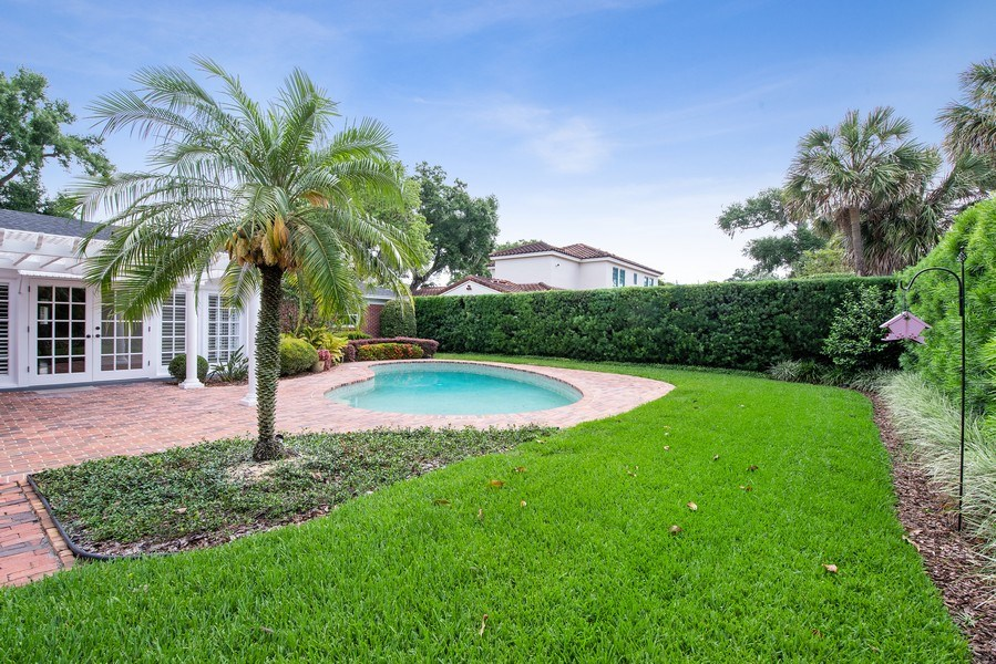 Real Estate Photography - 421 Park North Ct, Winter Park, FL, 32789 - Backyard