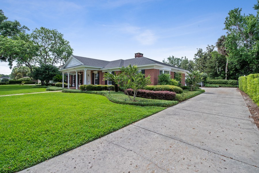 Real Estate Photography - 421 Park North Ct, Winter Park, FL, 32789 - Side View