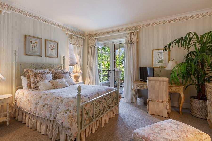 Real Estate Photography - 7751 Fisher Island Dr, 7751, Miami Beach, FL, 33109 - Guest Bedroom