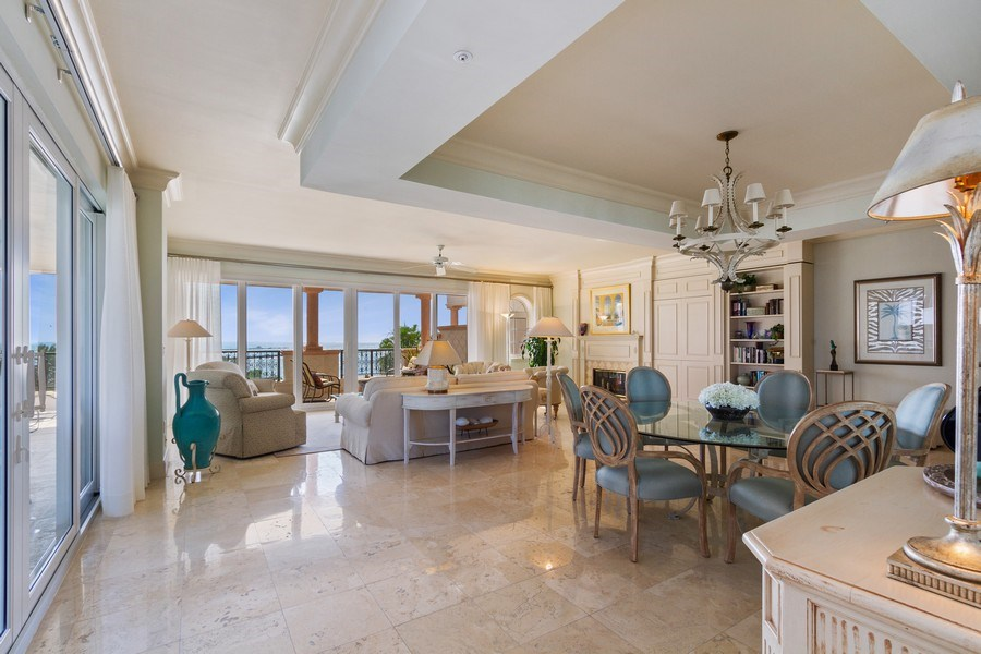 Real Estate Photography - 7751 Fisher Island Dr, 7751, Miami Beach, FL, 33109 - Great room