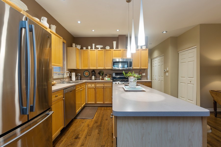 Real Estate Photography - 1112 N. Paulina, #1, Chicago, IL, 60622 - Kitchen