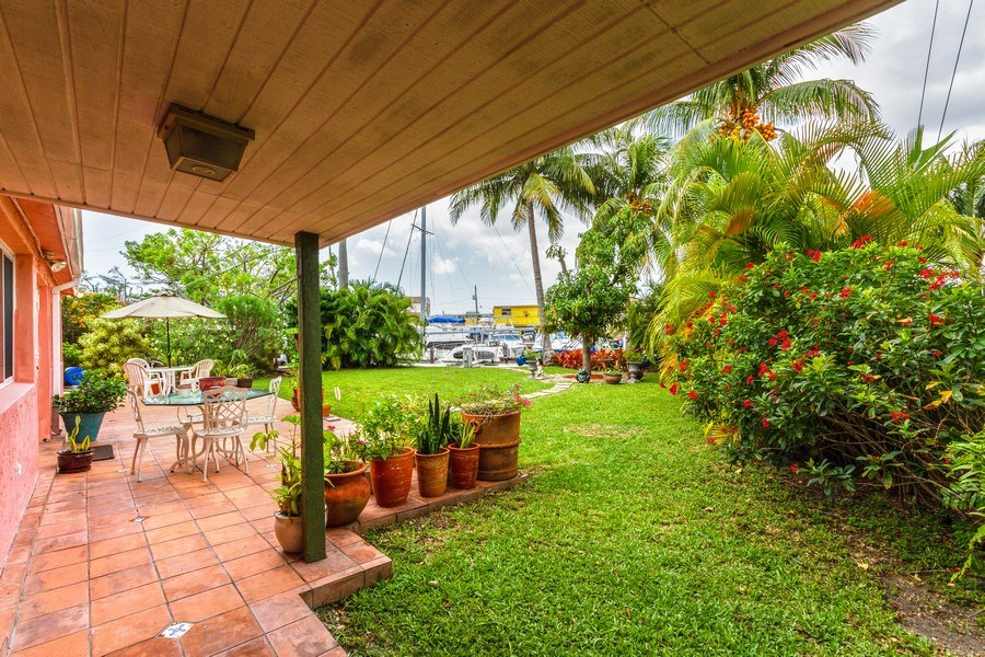 Real Estate Photography - 2130 NW 13 St, Miami, FL, 33125 - Patio
