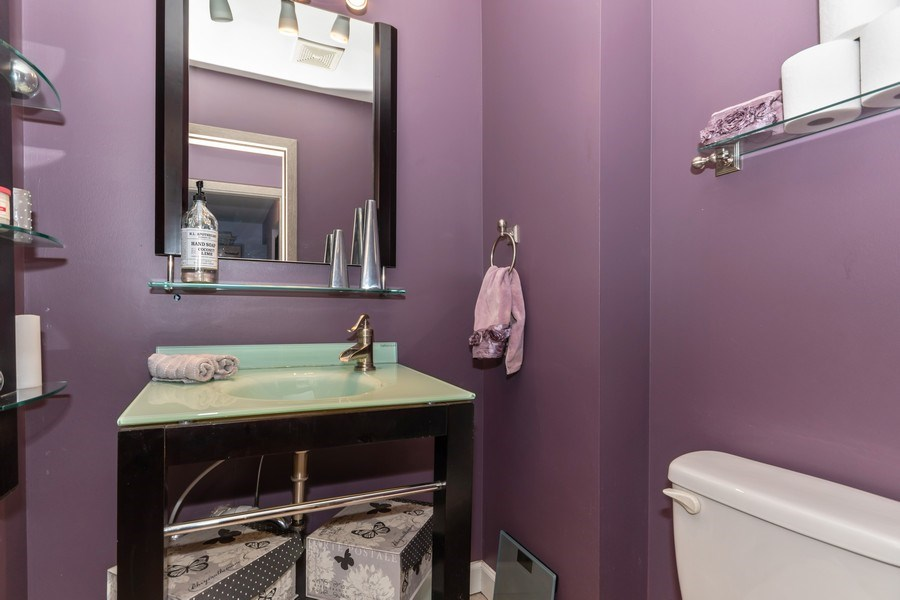 Real Estate Photography - 422 Belmont Ln, Bartlett, IL, 60103 - Bathroom