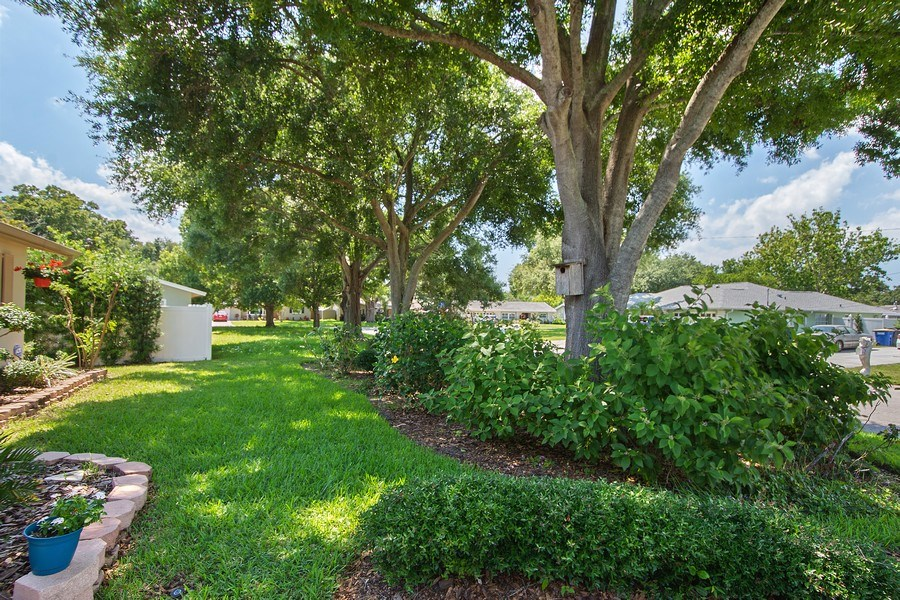 Real Estate Photography - 1389 Sea Breeze St, Clearwater, FL, 33756 - Front Yard