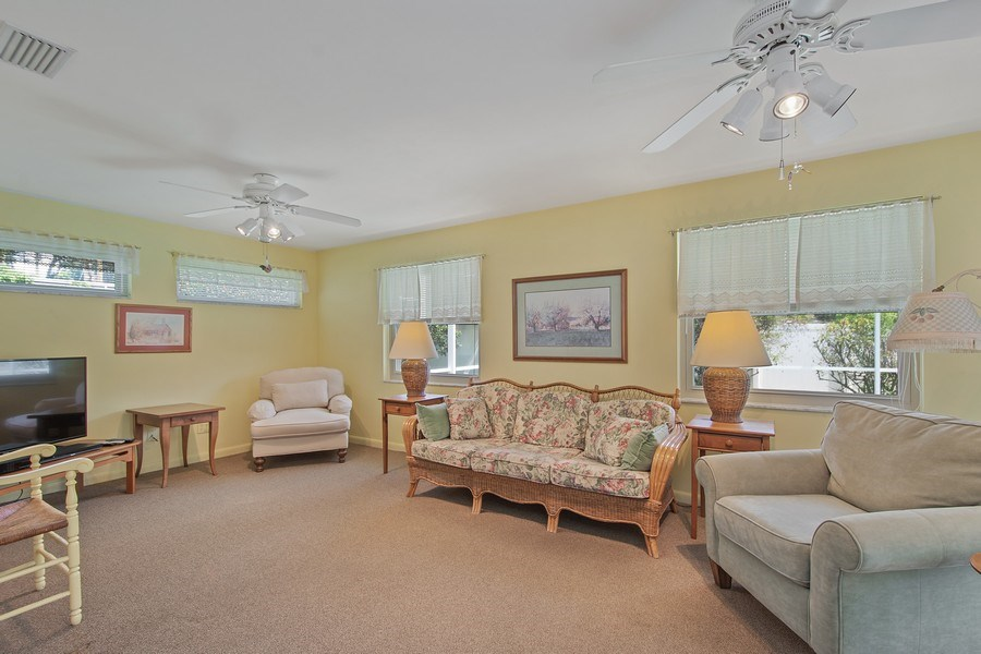 Real Estate Photography - 1389 Sea Breeze St, Clearwater, FL, 33756 - Family Room