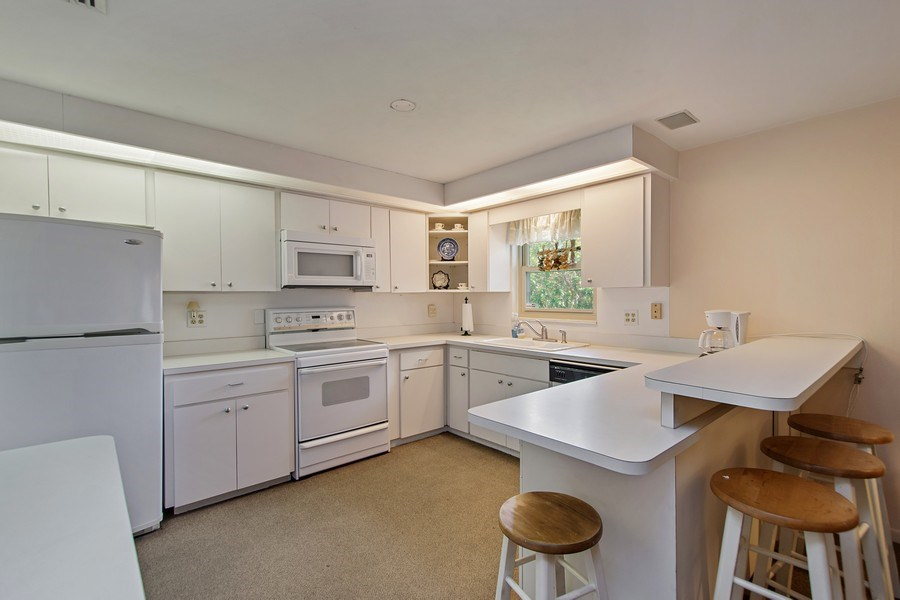 Real Estate Photography - 1389 Sea Breeze St, Clearwater, FL, 33756 - Kitchen