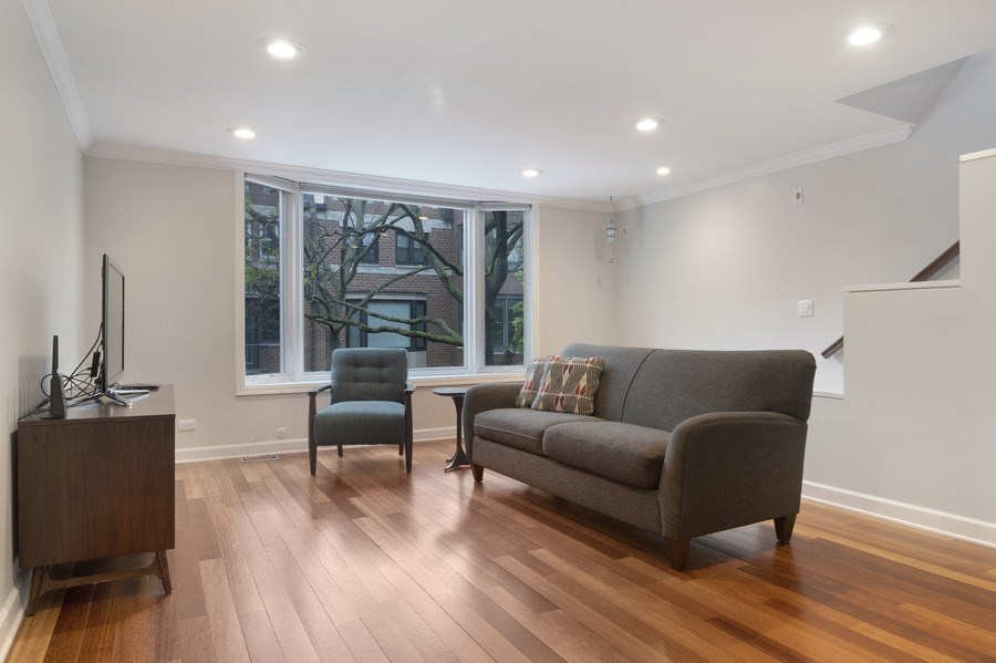 Real Estate Photography - 2720 N Greenview, Unit L, Chicago, IL, 60614 - Living Room
