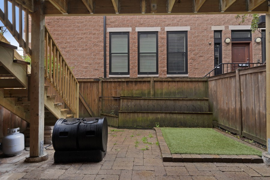 Real Estate Photography - 2720 N Greenview, Unit L, Chicago, IL, 60614 - Patio