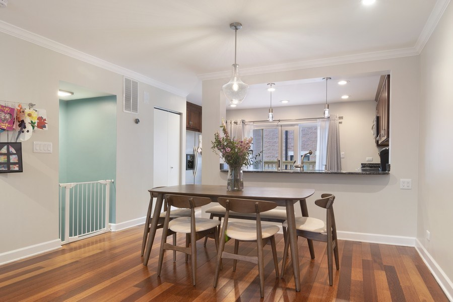 Real Estate Photography - 2720 N Greenview, Unit L, Chicago, IL, 60614 - Kitchen / Dining Room