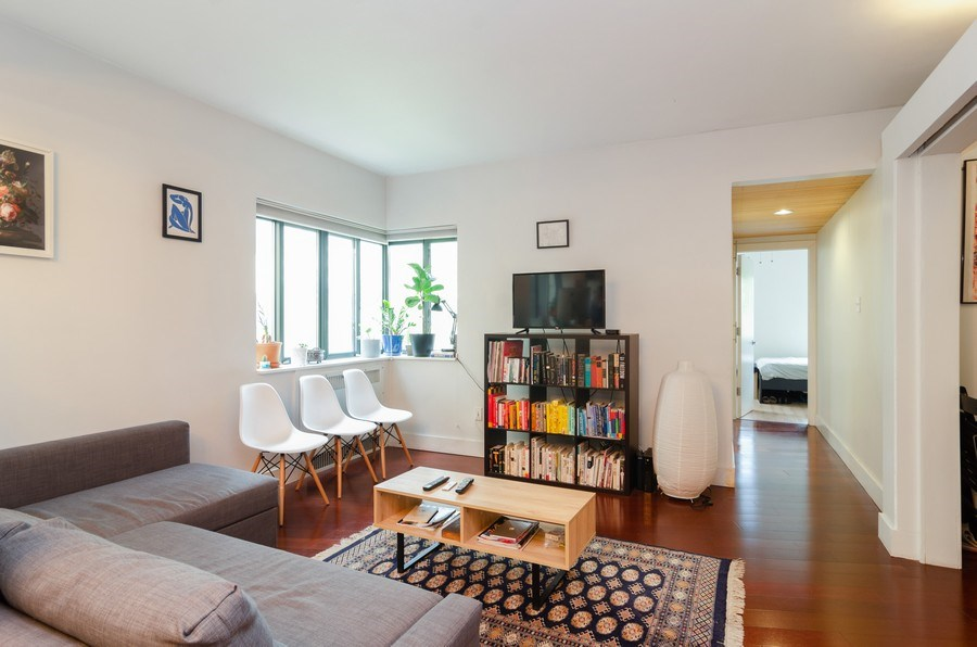 Real Estate Photography - 5040 N Marine Dr., Unit 3B, Chicago, IL, 60640 - Living Room