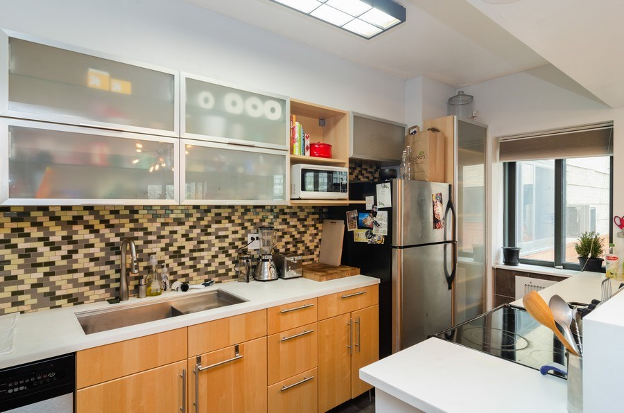 Real Estate Photography - 5040 N Marine Dr., Unit 3B, Chicago, IL, 60640 - Kitchen