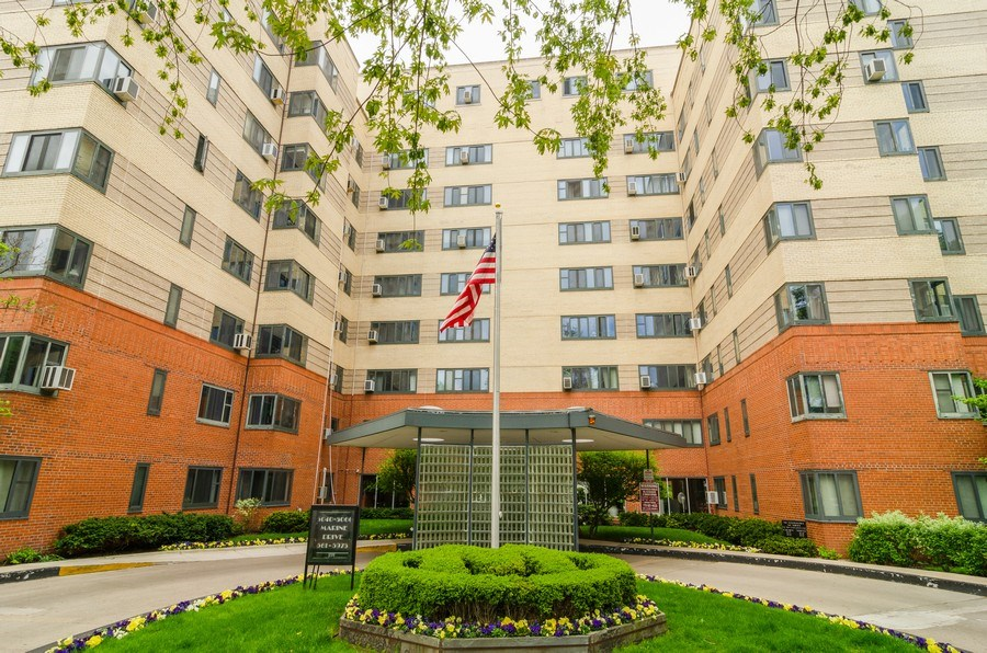 Real Estate Photography - 5040 N Marine Dr., Unit 3B, Chicago, IL, 60640 - Front View