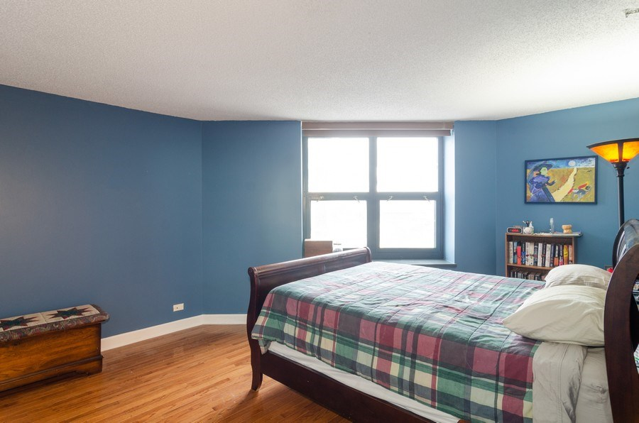 Real Estate Photography - 3660 N Lake Shore Drive, Unit 1513, Chicago, IL, 60613 - Master Bedroom
