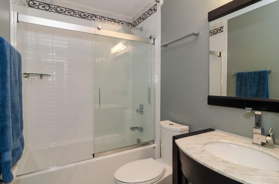 Real Estate Photography - 3660 N Lake Shore Drive, Unit 1513, Chicago, IL, 60613 - Bathroom