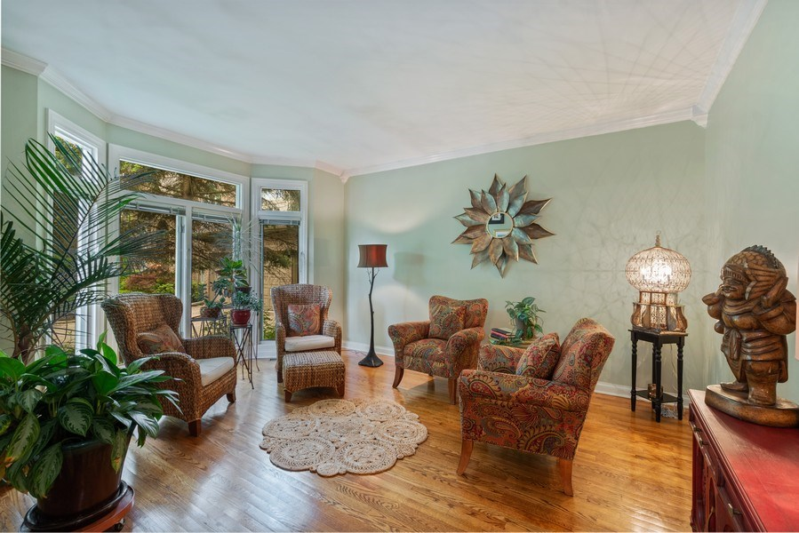 Real Estate Photography - 3860 Timbers Edge Ln, Glenview, IL, 60025 - Living Room