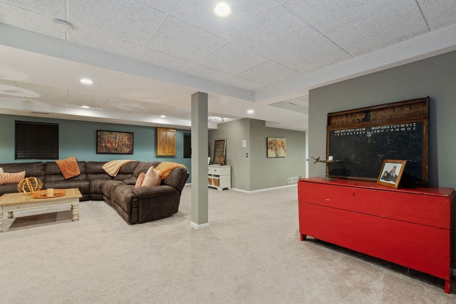 Real Estate Photography - 3860 Timbers Edge Ln, Glenview, IL, 60025 - Basement