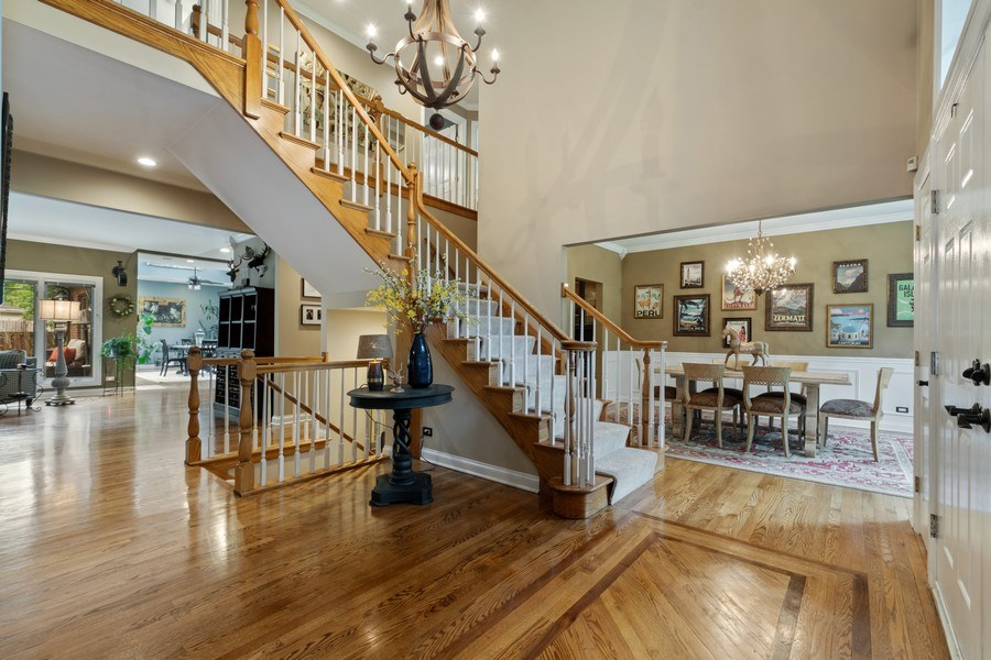 Real Estate Photography - 3860 Timbers Edge Ln, Glenview, IL, 60025 - Foyer