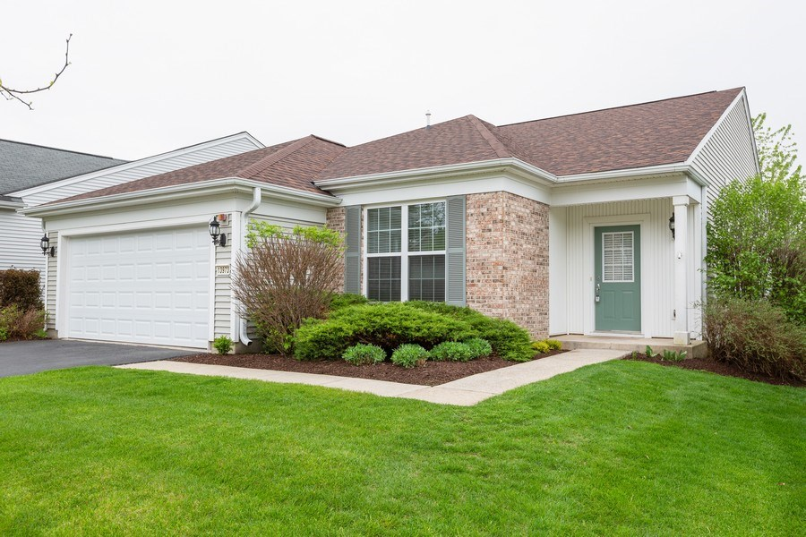 Real Estate Photography - 13973 Redmond Dr, Huntley, IL, 60142 - Front View