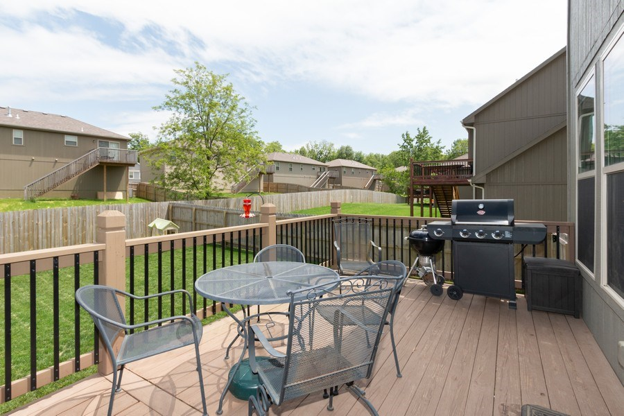 Real Estate Photography - 1915 S Cochise Ave, Independence, MO, 64057 - Deck