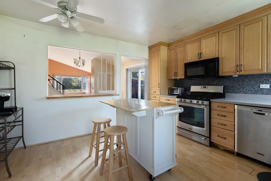Real Estate Photography - 518 Lotus, Glenview, IL, 60025 - Kitchen