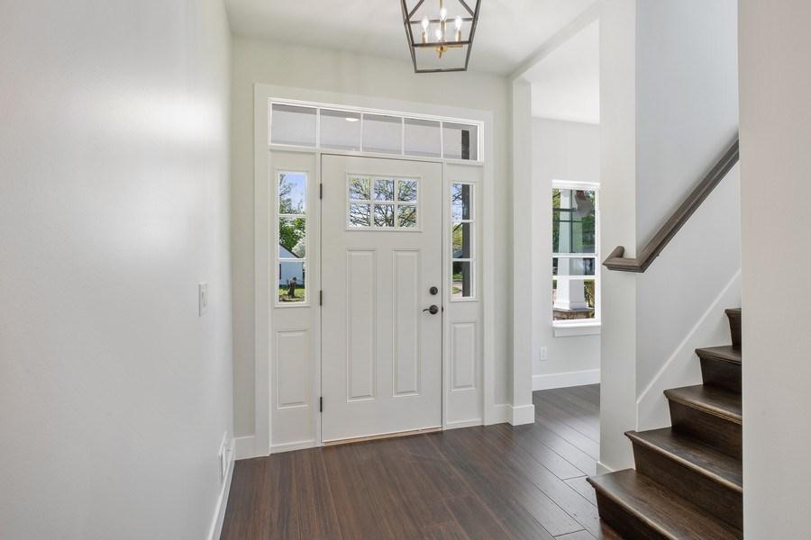 Real Estate Photography - 33558 Rhonswood, Farmington Hills, MI, 48335 - Foyer