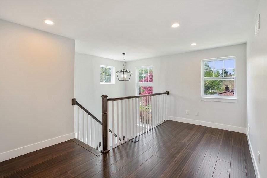 Real Estate Photography - 33558 Rhonswood, Farmington Hills, MI, 48335 - Loft