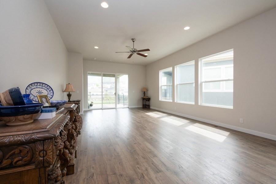Real Estate Photography - 14127 S DEER ARCH LN, Draper, UT, 84020 - Living Room