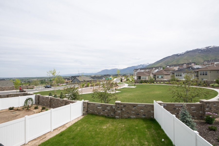 Real Estate Photography - 14127 S DEER ARCH LN, Draper, UT, 84020 - Park View