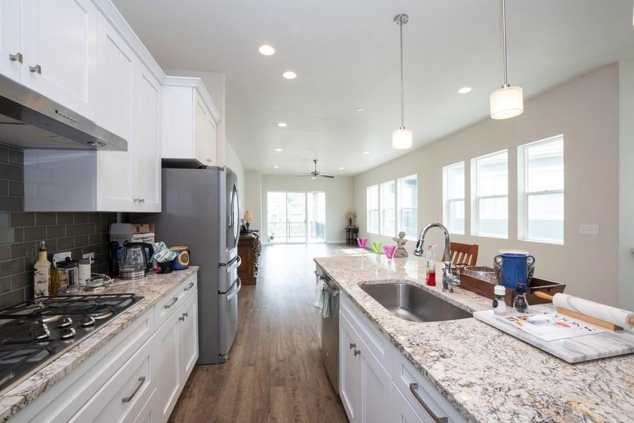 Real Estate Photography - 14127 S DEER ARCH LN, Draper, UT, 84020 - Kitchen