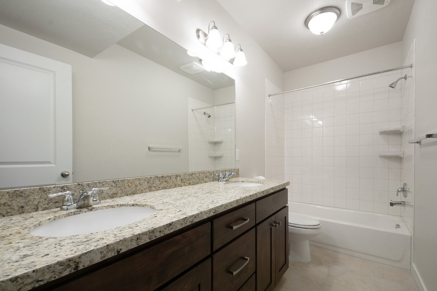 Real Estate Photography - 14127 S DEER ARCH LN, Draper, UT, 84020 - 2nd Bathroom