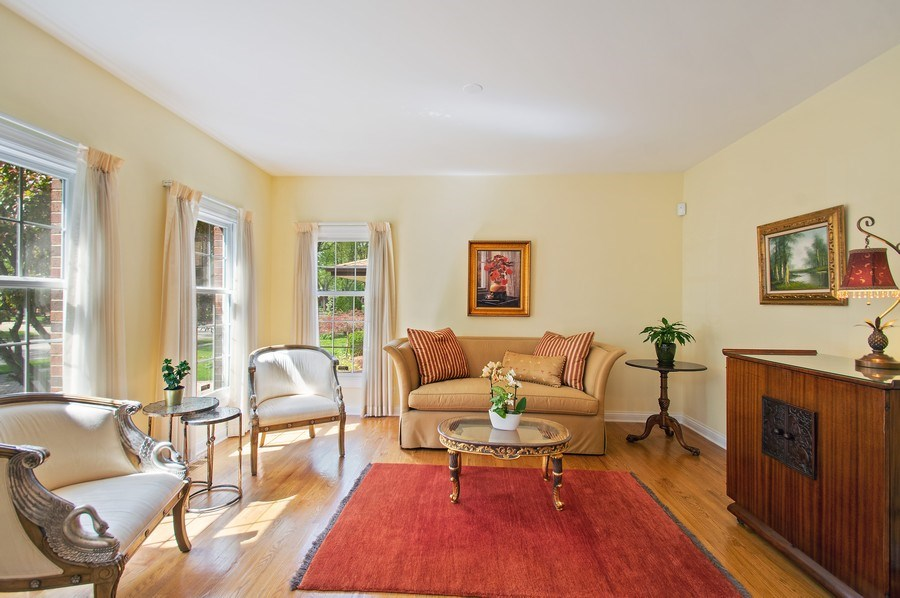 Real Estate Photography - 815 S. Western, Park Ridge, IL, 60068 - Living Room