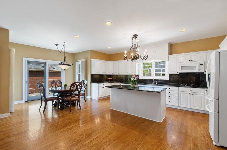 Real Estate Photography - 815 S. Western, Park Ridge, IL, 60068 - Kitchen / Breakfast Room