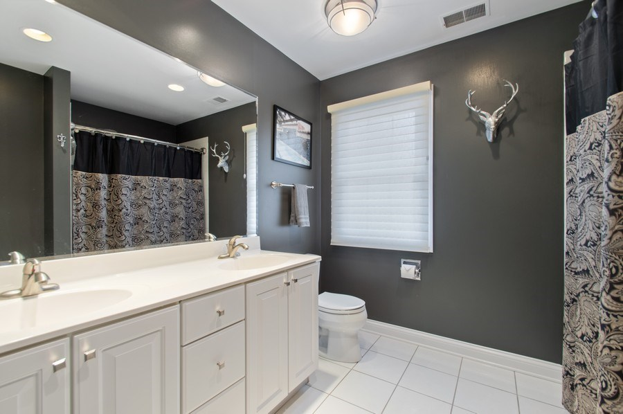 Real Estate Photography - 815 S. Western, Park Ridge, IL, 60068 - 2nd Bathroom