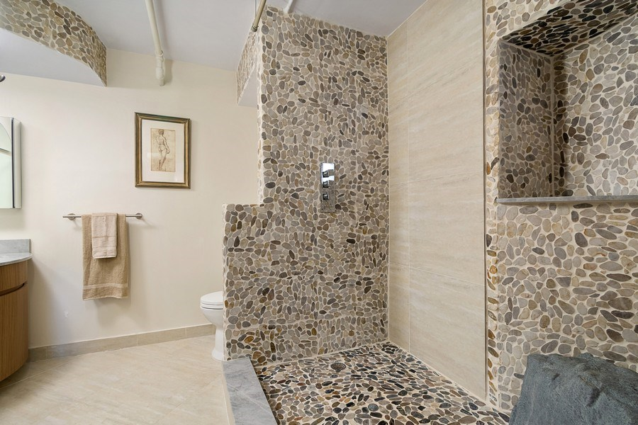 Real Estate Photography - 3610 Yacht Club Dr, 1114, Aventura, FL, 33180 - Master Bathroom
