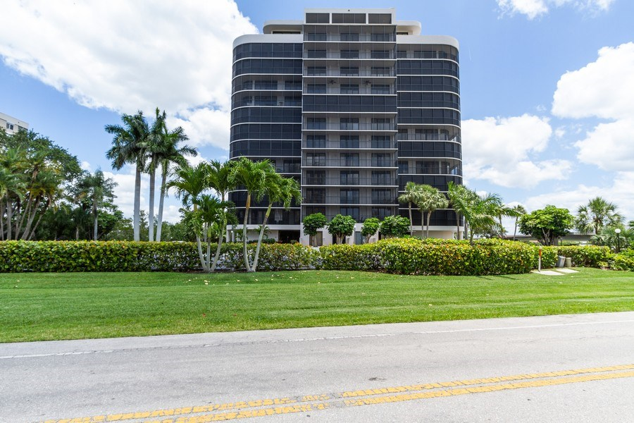 Real Estate Photography - 11030 Gulf Shore Blvd unit 304, Naples, FL, 34108 - Front View