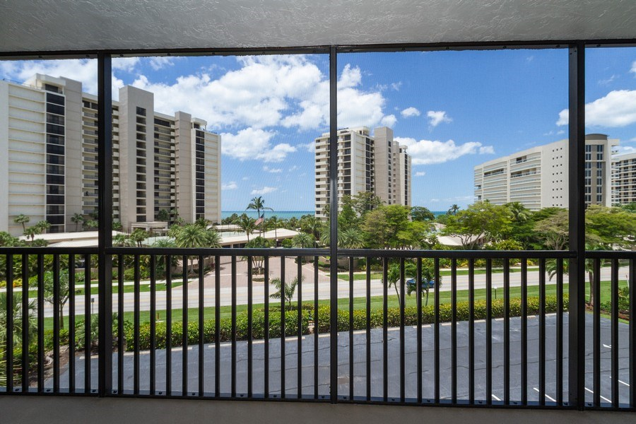 Real Estate Photography - 11030 Gulf Shore Blvd unit 304, Naples, FL, 34108 - Lanai