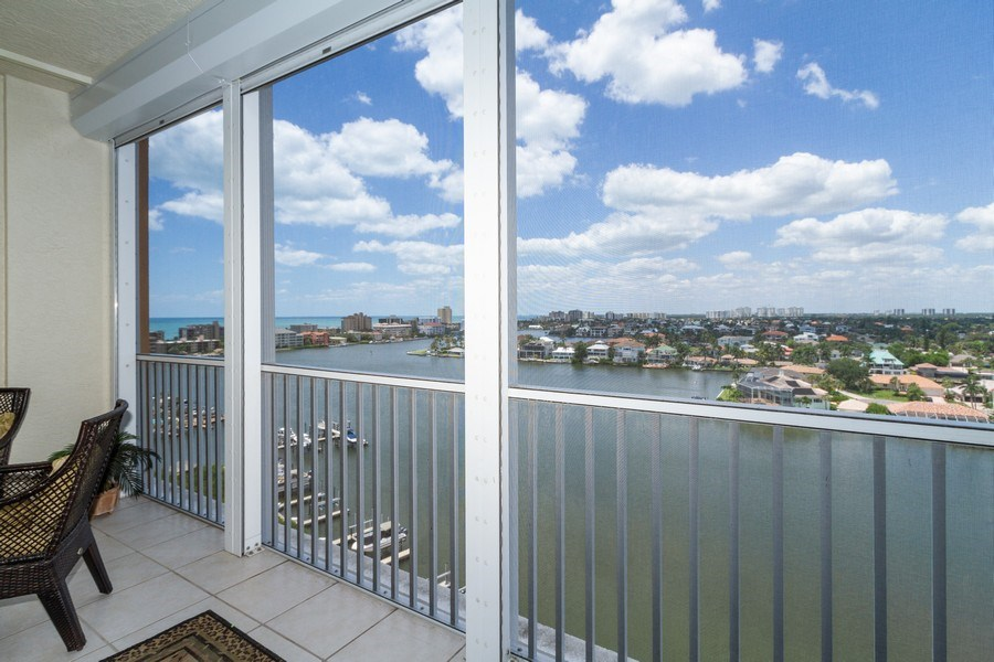 Real Estate Photography - 410 FLAGSHIP DR #1105, Naples, FL, 34108 -