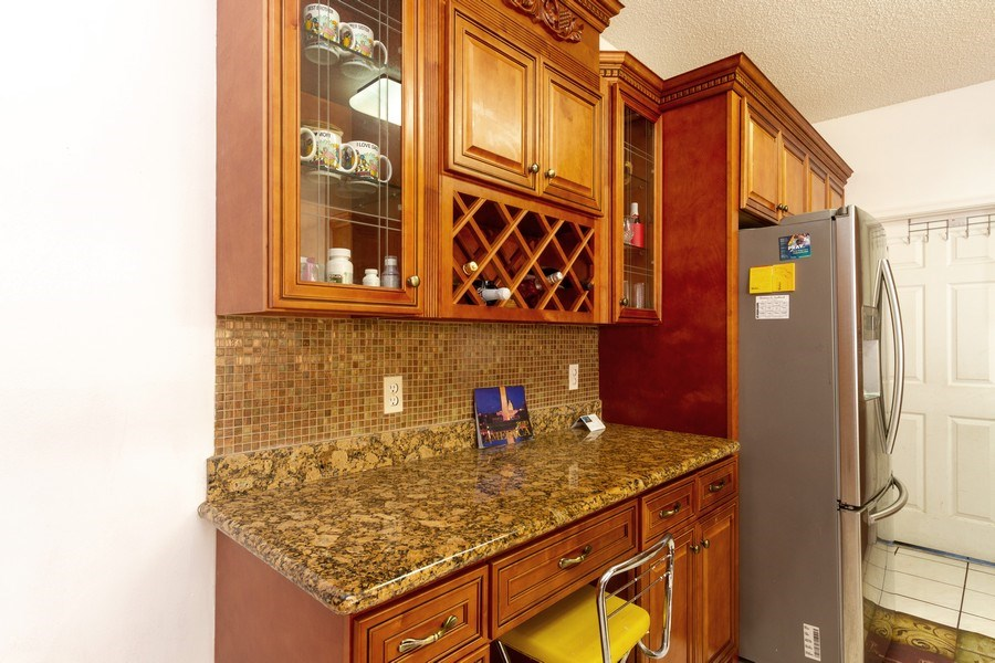 Real Estate Photography - 5351 NW 106th Dr, Coral Springs, FL, 33076 - Kitchen