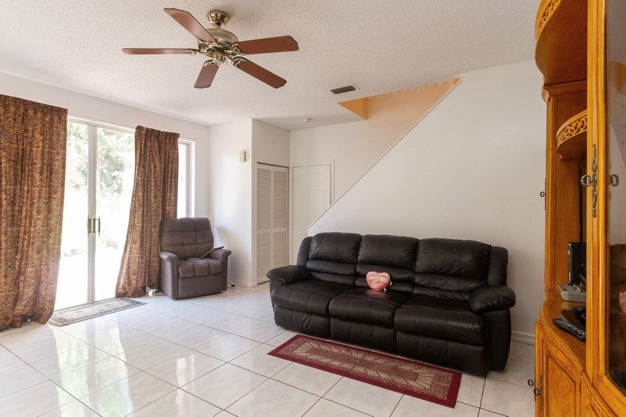 Real Estate Photography - 5351 NW 106th Dr, Coral Springs, FL, 33076 - Family Room