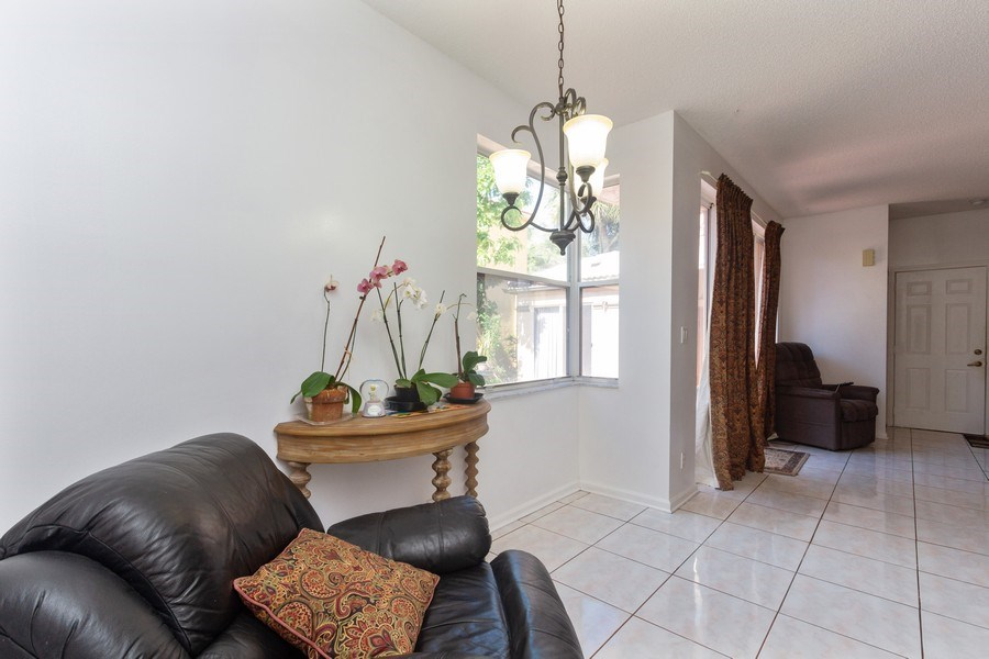 Real Estate Photography - 5351 NW 106th Dr, Coral Springs, FL, 33076 - Breakfast Area