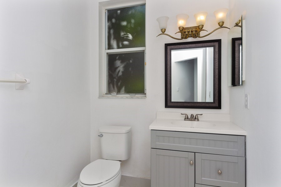 Real Estate Photography - 5351 NW 106th Dr, Coral Springs, FL, 33076 - Half Bath