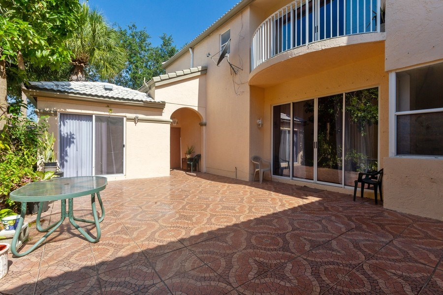Real Estate Photography - 5351 NW 106th Dr, Coral Springs, FL, 33076 - Patio