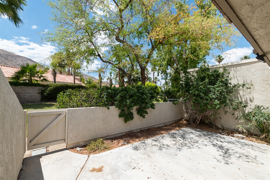 Real Estate Photography - 72721 SAGE CT # E, PALM DESERT, CA, 92260 -