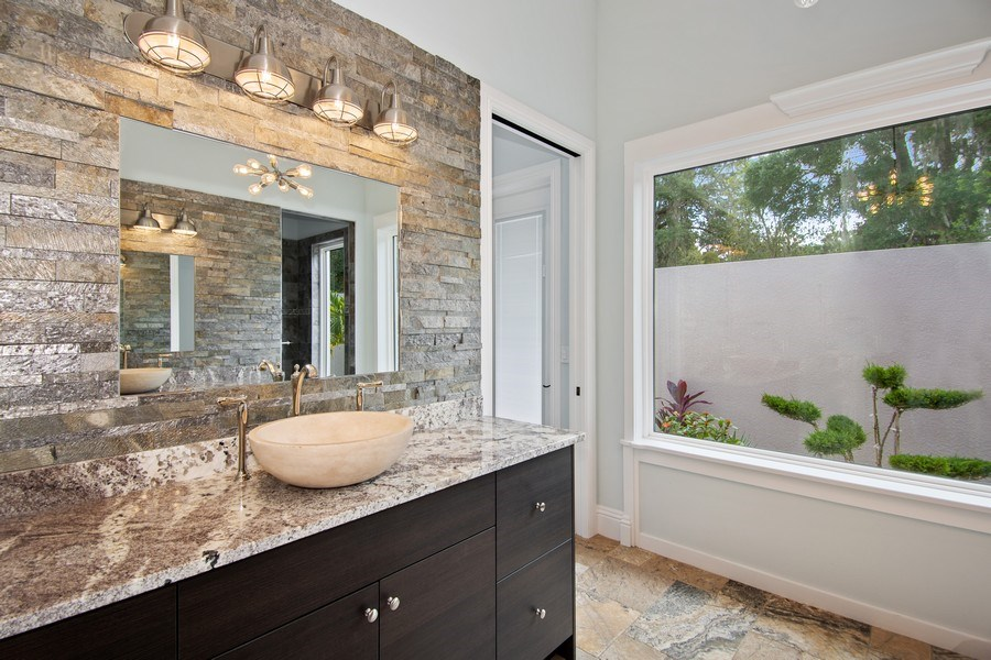 Real Estate Photography - 2211 Crosby Dr, Valrico, FL, 33594 - 2nd Bathroom