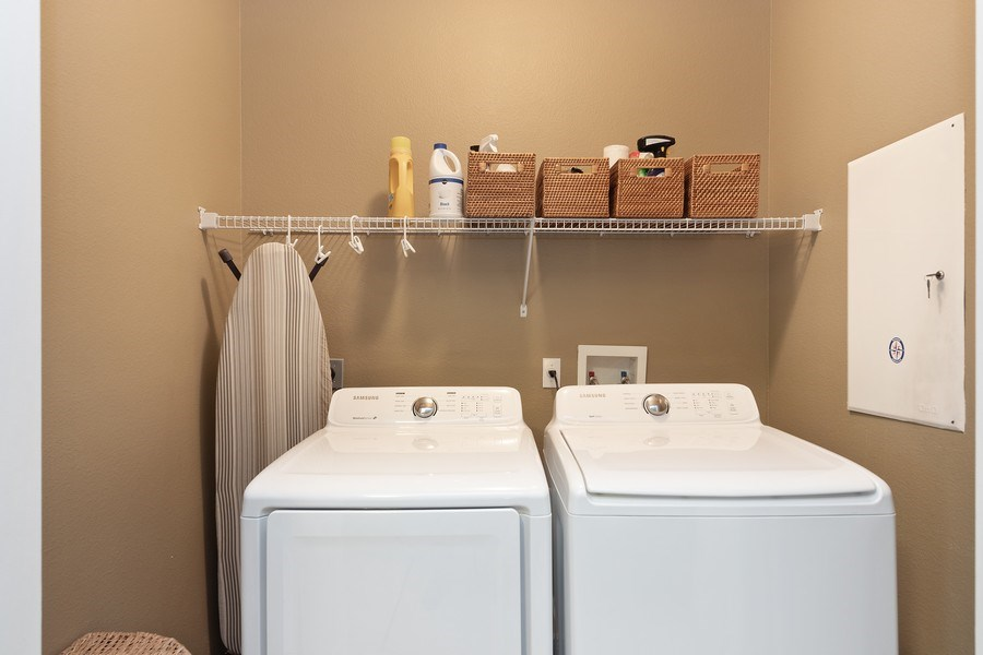 Real Estate Photography - 517 Shining Armor Ln, Longwood, FL, 32779 - Laundry Room
