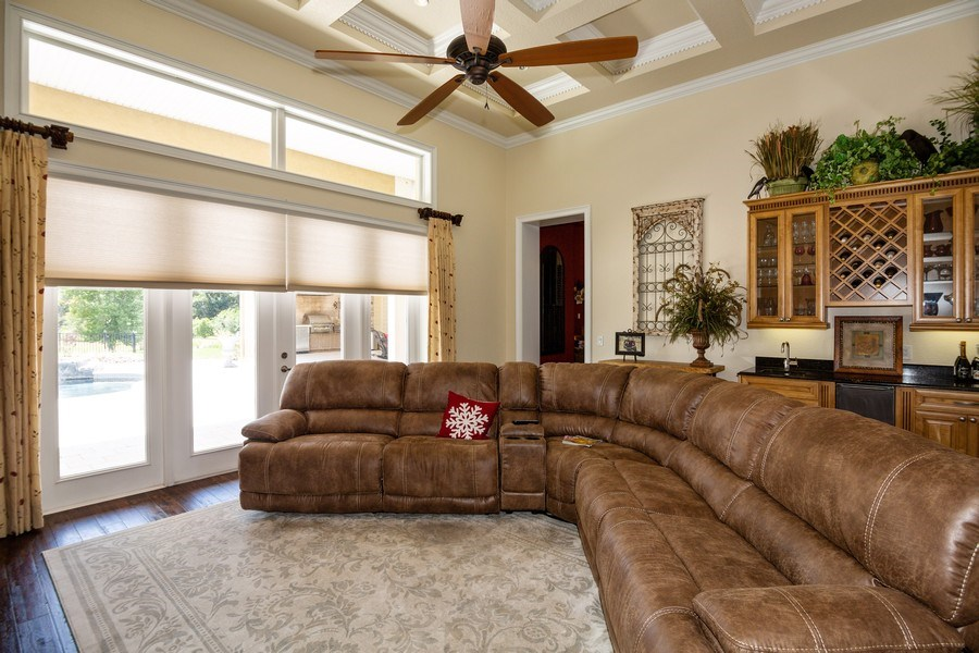 Real Estate Photography - 11441 Hammock Oaks, Lithia, FL, 33547 - Living Room
